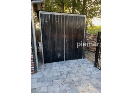 einzelgarage-2x4,5-Garage-in-RAL9005